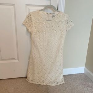 Forever 21 Cream Lace Pearl Flower Shift Dress
